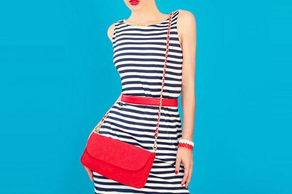 Как украсить платье: 10 простых и стильных способов
